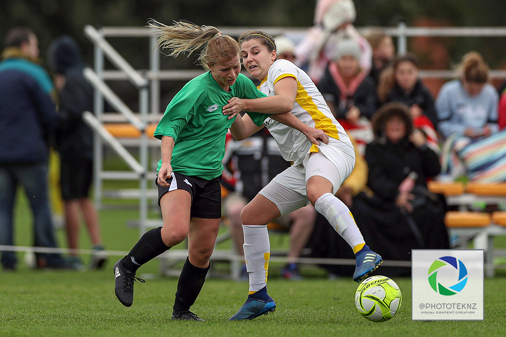 A tight competition between these two. NRFL, Northern Region Football League, Premier Women, Eastern Suburbs v Western Springs, Madills Farm Auckland, Sunday 5th July 2020. Photo: Shane Wenzlick / www.phototek.nz